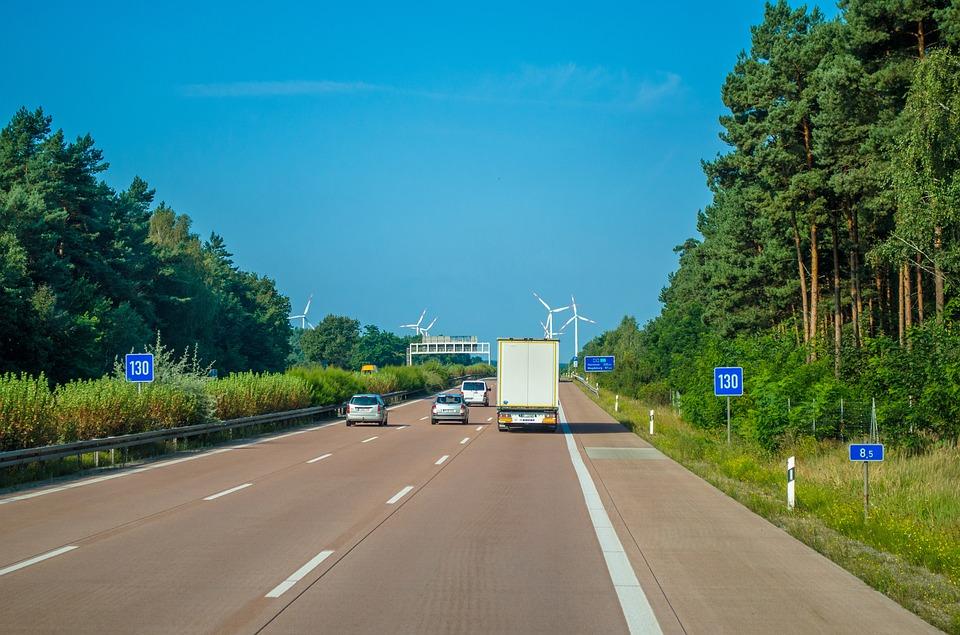 Bundesstraße Fernumzug